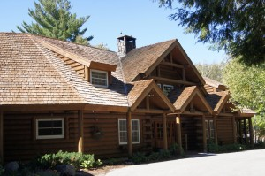 An exterior view of the Minnowbrook Lodge